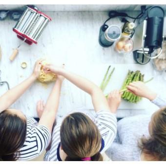 Подросткам. Накорми себя. Быстрые блюда из того, что под рукой.