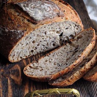 Европейский пшеничный хлеб у вас дома