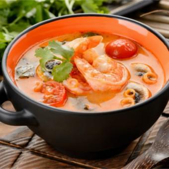 Тайские супы и карри.
