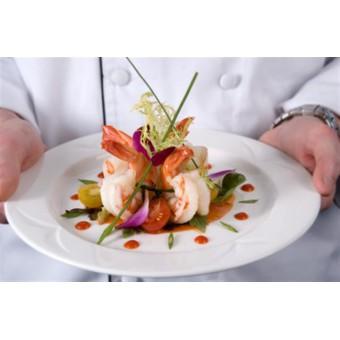 Сервировка и подача блюд от шеф-повара Виктора Белея.
