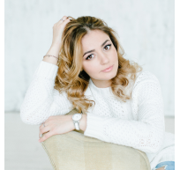 Майя Макарова